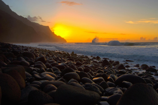 Kalalau Beach in Hawaii - Obrázkek zdarma pro 320x240