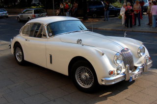 Jaguar XK 140 Background for Android, iPhone and iPad