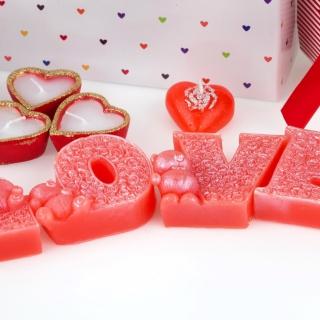 Valentines Day Candles Scents - Obrázkek zdarma pro iPad mini