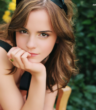 Emma Watson Tender Portrait - Fondos de pantalla gratis para Huawei G7300