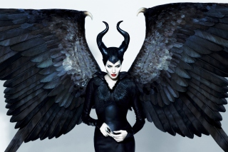Maleficente, Angelina Jolie - Obrázkek zdarma pro LG P700 Optimus L7