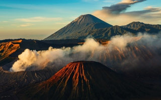 Volcano Picture for Android, iPhone and iPad