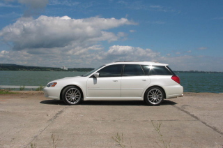 Free Subaru Legacy Sport Wagon Picture for Android, iPhone and iPad
