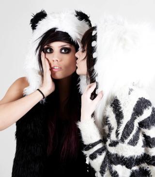 Panda Girls Costume - Obrázkek zdarma pro Nokia X7