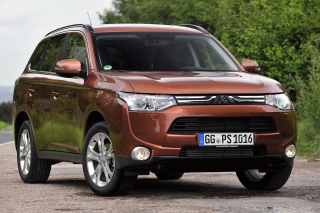 Mitsubishi Outlander Wallpaper for Android, iPhone and iPad