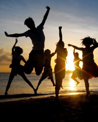 Dancing At Sunset - Obrázkek zdarma pro 1080x1920