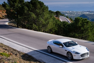 Aston Martin on Highway - Obrázkek zdarma pro 960x800