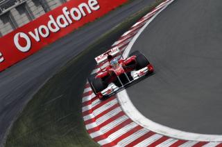 Hungarian F1 Grand Prix - Obrázkek zdarma pro Samsung Galaxy Tab S 8.4