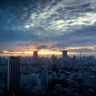 Tokyo Sky - Obrázkek zdarma pro iPad 3