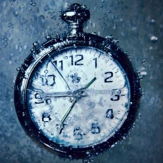 Frozen Time Clock - Obrázkek zdarma pro 320x320