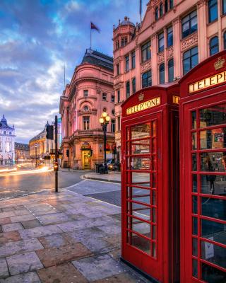 London Street, England - Obrázkek zdarma pro Nokia Asha 503