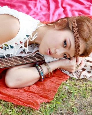 Girl with Guitar - Obrázkek zdarma pro 360x480