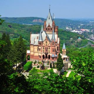 Schloss Drachenburg in Germany - Obrázkek zdarma pro iPad 2