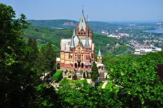 Schloss Drachenburg in Germany - Obrázkek zdarma pro Widescreen Desktop PC 1600x900