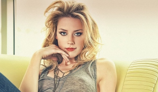Amber Heard 2013 Background for Android, iPhone and iPad