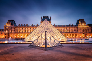 Free Paris Louvre Museum Picture for Android, iPhone and iPad