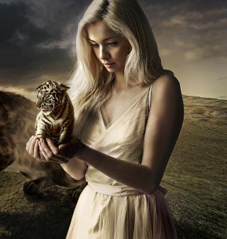 Girl With Tiger - Obrázkek zdarma pro iPad