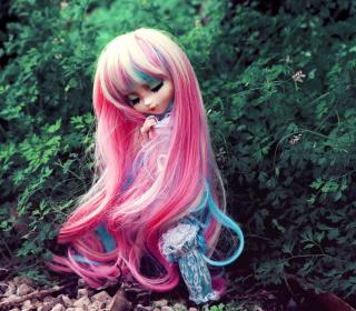 Doll With Pink Hair - Obrázkek zdarma pro iPad