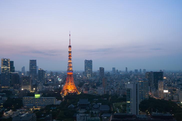 Twilight in Tokyo wallpaper