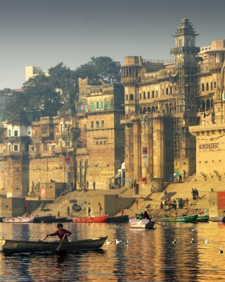Varanasi City in India - Obrázkek zdarma pro 640x960