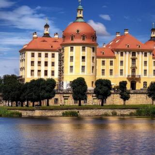 Moritzburg Castle in Saxony - Obrázkek zdarma pro iPad Air
