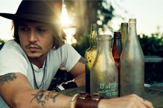Johnny Depp Sunset Portrait - Obrázkek zdarma pro Nokia Asha 302
