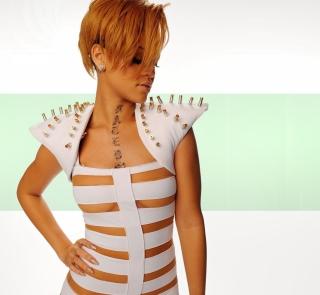 Hot Rihanna In White Top - Obrázkek zdarma pro 2048x2048