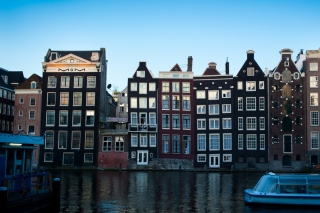 Free Damrak Amsterdam Picture for Android, iPhone and iPad