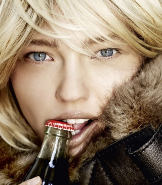 Platinum Blonde With Coca-Cola - Obrázkek zdarma pro iPhone 5C