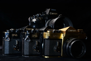 Canon F1 Reflex Camera - Obrázkek zdarma pro Samsung Galaxy S4