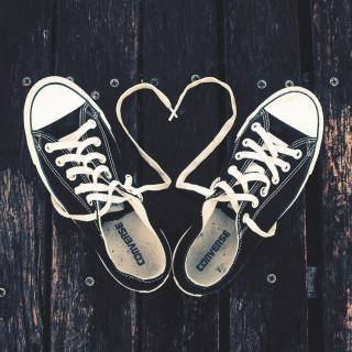 Sneakers Love - Obrázkek zdarma pro 128x128