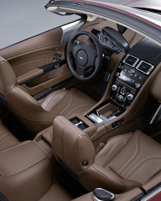 Aston Martin DBS Interior - Obrázkek zdarma pro Nokia Asha 306