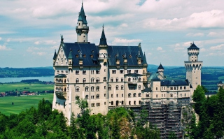 Schloss Neuschwanstein Wallpaper for Android, iPhone and iPad