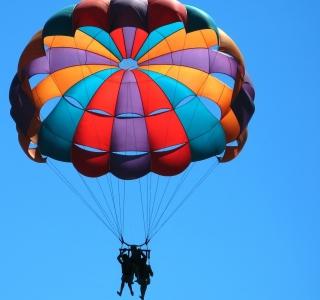Big Colorful Air Balloon - Obrázkek zdarma pro iPad Air