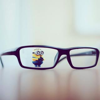 Minion Toy - Obrázkek zdarma pro iPad mini 2