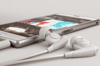 Sony Xperia Z3 Compact - Obrázkek zdarma pro Samsung Galaxy Tab 4 7.0 LTE