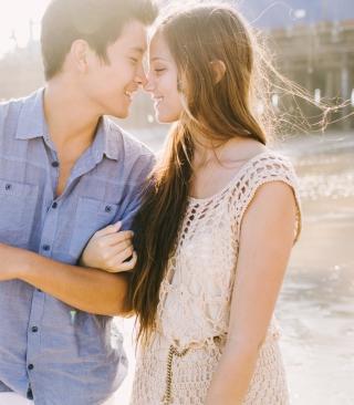 Romantic Love - Obrázkek zdarma pro Nokia Asha 203