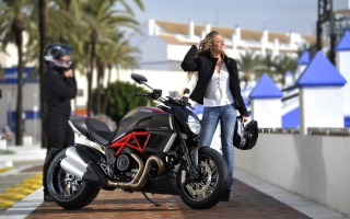 Ducati - Obrázkek zdarma pro 1024x600