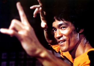 Bruce Lee Background for Android, iPhone and iPad