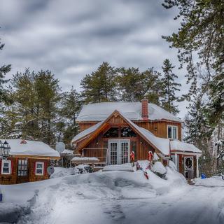 Winter Village - Obrázkek zdarma pro iPad Air