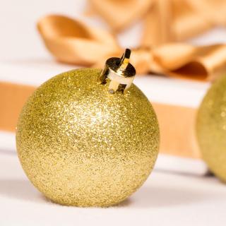 Gold Christmas Balls - Obrázkek zdarma pro iPad 3
