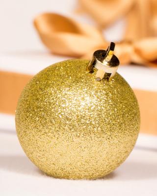 Gold Christmas Balls - Obrázkek zdarma pro 768x1280