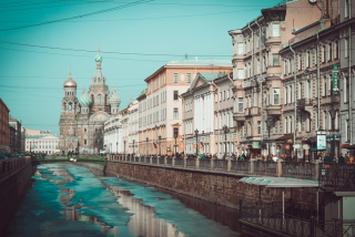 Beautiful St. Petersburg City Background for Android, iPhone and iPad