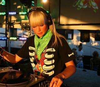 Nightclub B-style DJ - Obrázkek zdarma pro 1024x1024