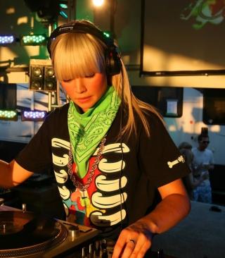 Nightclub B-style DJ - Obrázkek zdarma pro Nokia X2-02