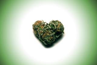 Weed Heart - Obrázkek zdarma pro Samsung Galaxy Tab 10.1