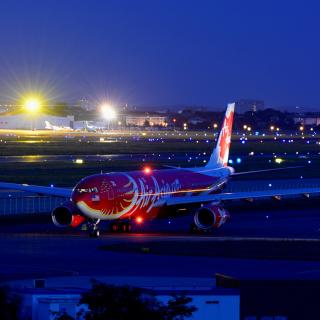 Airbus A330 Air Asia - Obrázkek zdarma pro iPad 2