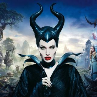 Angelina Jolie In Maleficent - Obrázkek zdarma pro 208x208