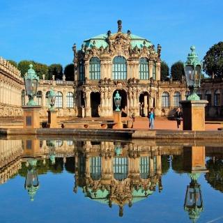 Dresden Zwinger Palace - Obrázkek zdarma pro iPad Air