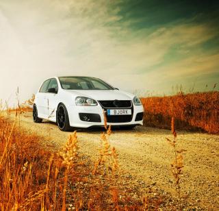Volkswagen Golf - Obrázkek zdarma pro 208x208